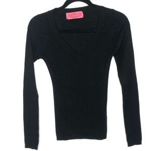 Juicy Couture Size M Black Cashmere Sweater V-Neck
